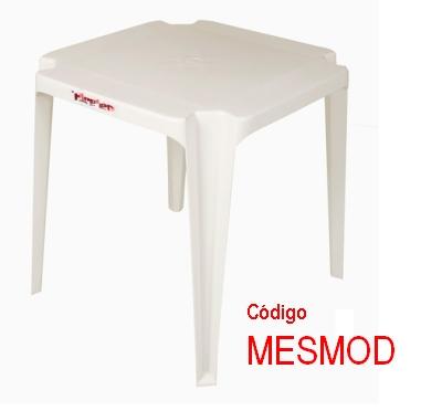 Mesa Plástica Quadrada Modena