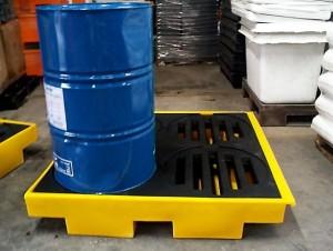 pallet de contencao 4 tambores 200 litros 1